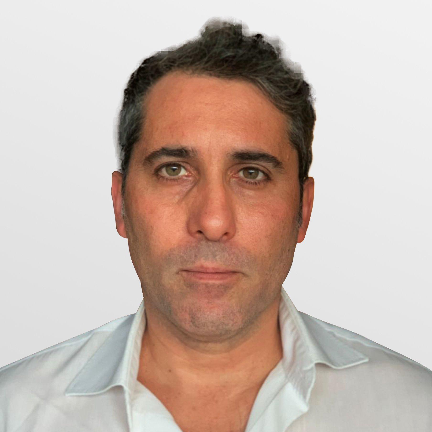 dr-marcello-de-falco-grant-advisor